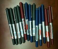 Bút bi nước Unibal Eye Micro UB-150 (loại 2)